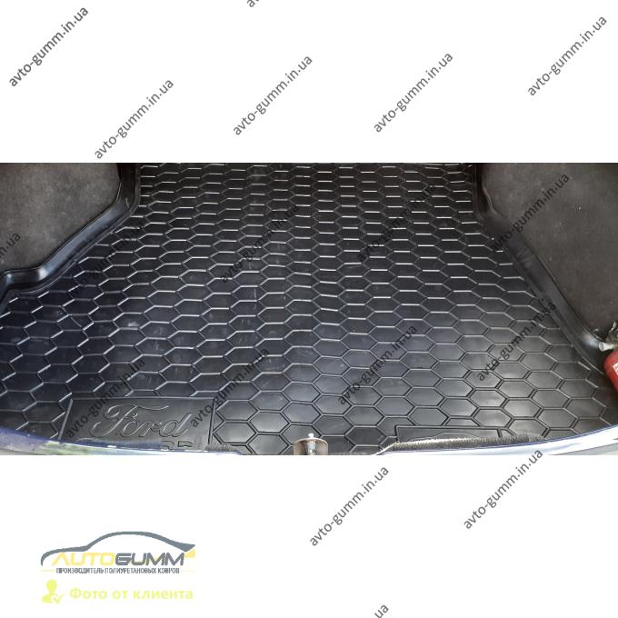 Автомобильный коврик в багажник Ford Sierra 1987-1994 Sedan (Avto-Gumm)