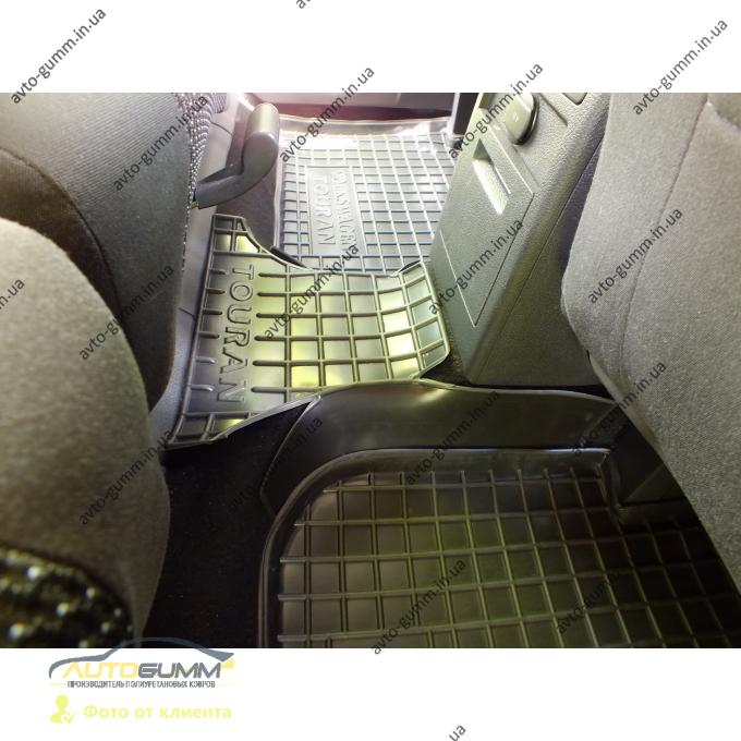 Автомобильные коврики в салон Volkswagen Touran 2003-2016 (Avto-Gumm)