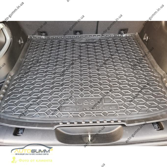 Автомобильный коврик в багажник Jeep Cherokee 2014- (AVTO-Gumm)