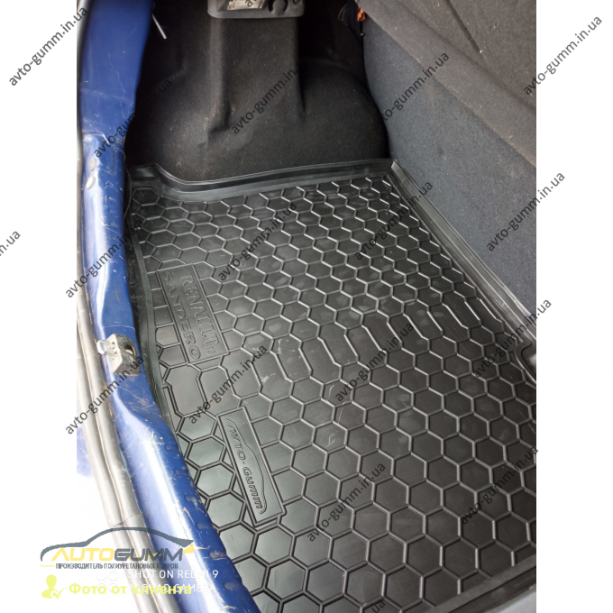 Автомобильный коврик в багажник Renault Sandero 2013- (Avto-Gumm)