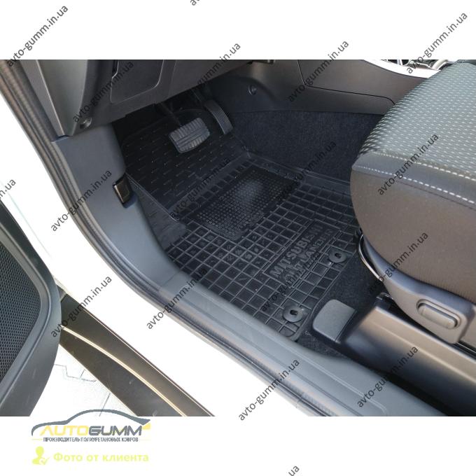 Автомобильные коврики в салон Mitsubishi Outlander 2012- (Avto-Gumm)