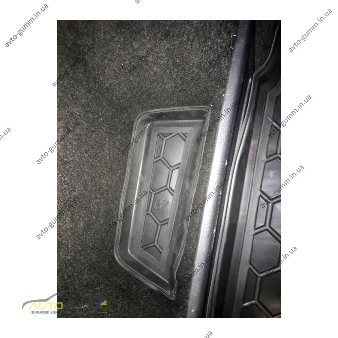 Автомобильный коврик в багажник Volkswagen Passat B6/B7 05-/11- (Universal) (Avto-Gumm)