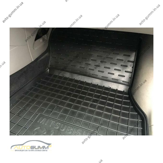 Автомобільні килимки в салон Mitsubishi Grandis 2003- (7 мест) (Avto-Gumm)