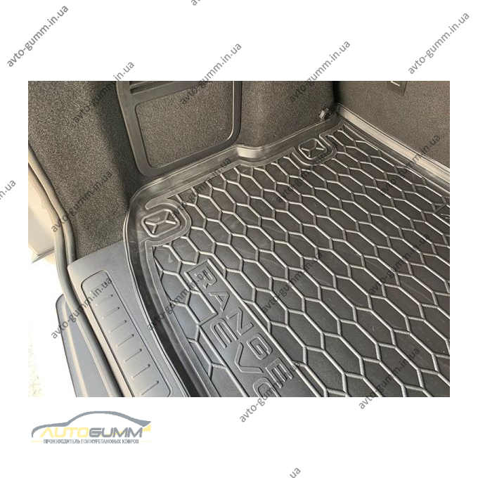 Автомобильный коврик в багажник Range Rover Evoque 2011- (Avto-Gumm)