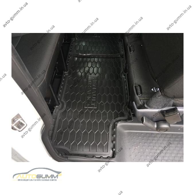 Автомобильные коврики в салон Renault Trafic 3 16-/Opel Vivaro 15- (3-й ряд) (Avto-Gumm)