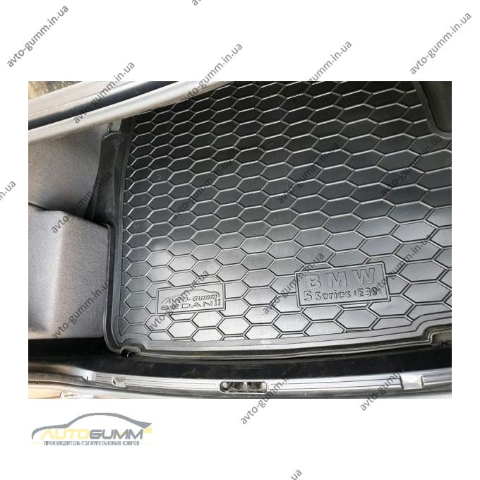 Автомобильный коврик в багажник BMW 5 (E39) 1996- Sedan с усилителем (Avto-Gumm)