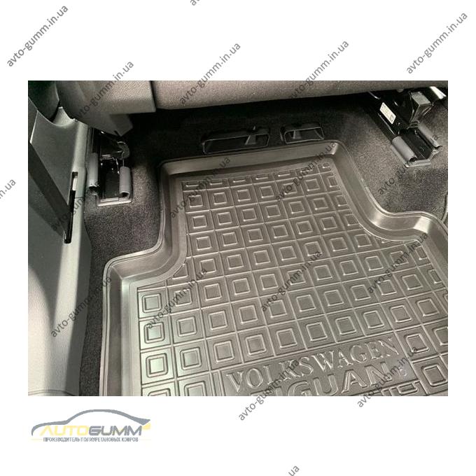 Автомобільні килимки в салон Volkswagen Tiguan 2016- (Avto-Gumm)