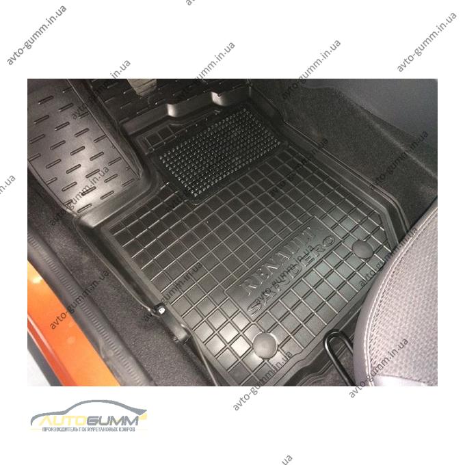Водительский коврик в салон Renault Sandero 2013- (Avto-Gumm)