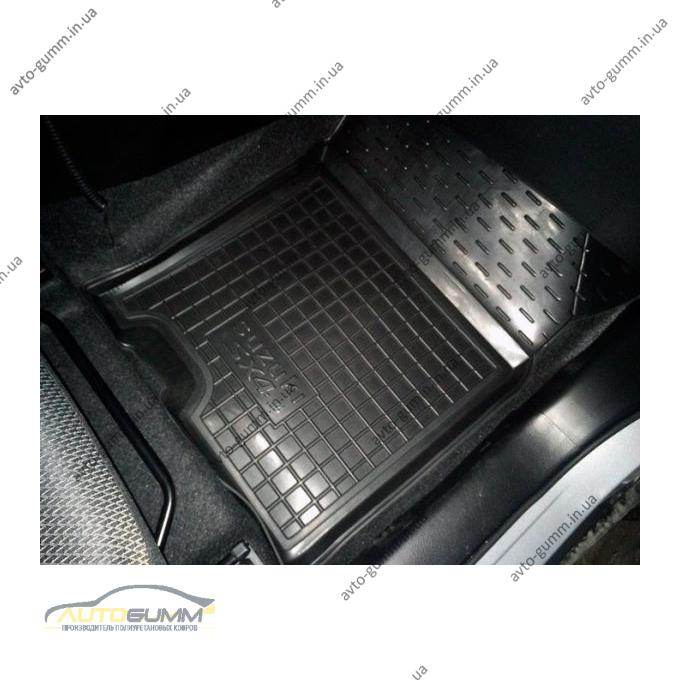 Автомобильные коврики в салон Suzuki SX4 2013- (Avto-Gumm)
