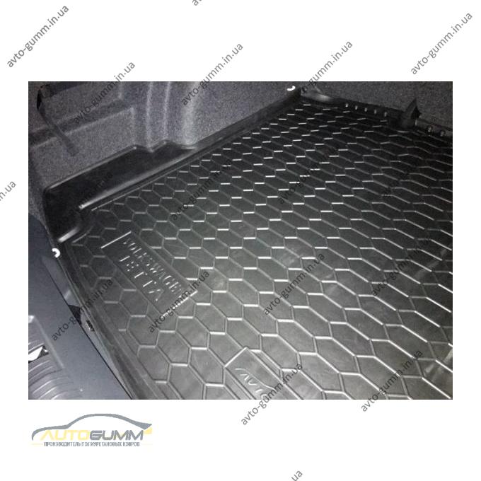 Автомобильный коврик в багажник Volkswagen Jetta 2011- Mid (Avto-Gumm)
