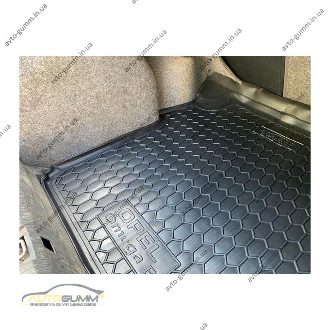 Автомобильный коврик в багажник Opel Omega B 1994- Sedan (Avto-Gumm)