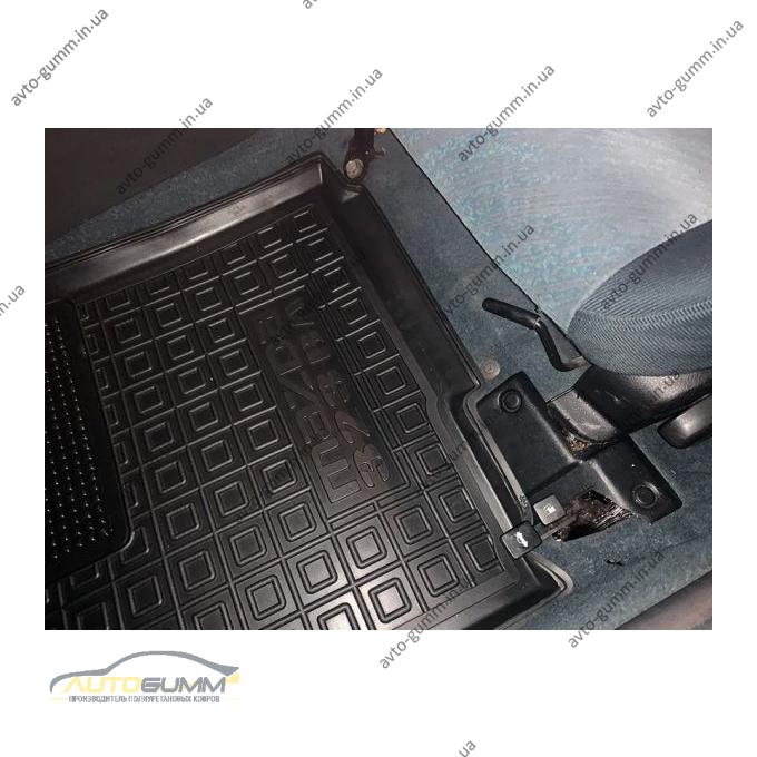 Водительский коврик в салон Mazda 323 BA 1994-1998 (Avto-Gumm)