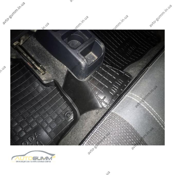 Автомобільні килимки в салон Skoda Fabia 2000-2007 (Avto-Gumm)
