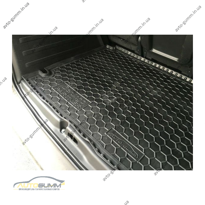Автомобильный коврик в багажник Citroen Berlingo (B9)/Peugeot Partner Tepee 2008- (Avto-Gumm)