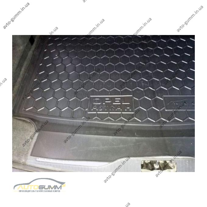 Автомобильный коврик в багажник Opel Astra (H) 2004- Universal (Avto-Gumm)