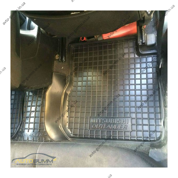 Автомобильные коврики в салон Mitsubishi Outlander 2003-2007 (АКПП) (Avto-Gumm)