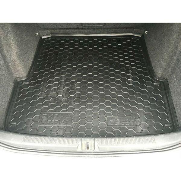 Автомобильный коврик в багажник Skoda Octavia A5 2004- Universal (Avto-Gumm)