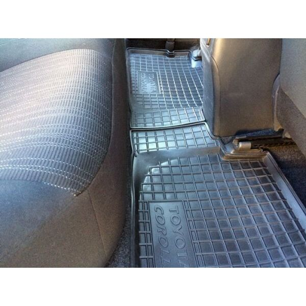 Автомобильные коврики в салон Toyota Corolla 2007-2013 (Avto-Gumm)