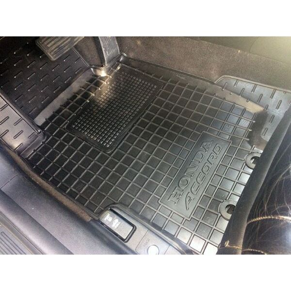 Передние коврики в автомобиль Honda Accord 2003-2007 (Avto-Gumm)