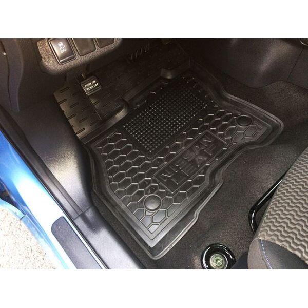 Водительский коврик в салон Nissan Leaf 2012-/2018- (Avto-Gumm)