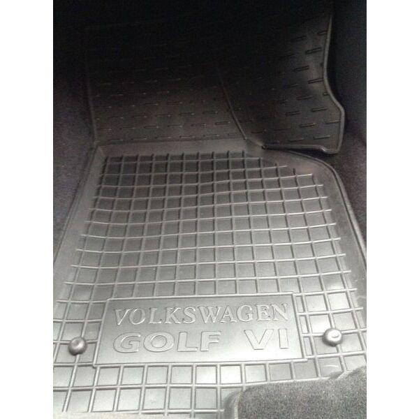 Автомобильные коврики в салон Volkswagen Golf 5 03-/6 09- (Avto-Gumm)