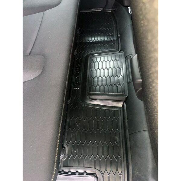 Автомобильные коврики в салон Renault Trafic 3 16-/Opel Vivaro 15- (2-й ряд) (Avto-Gumm)