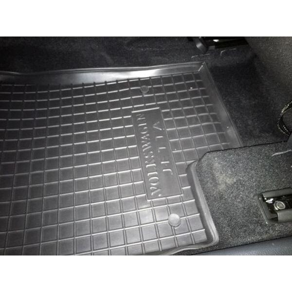 Автомобильные коврики в салон Volkswagen Jetta 2011- (Avto-Gumm)