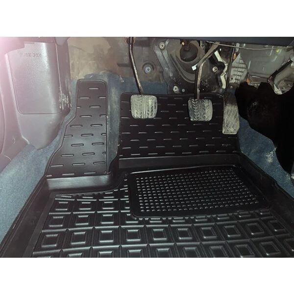 Передние коврики в автомобиль Mazda 323 BA 1994-1998 (Avto-Gumm)