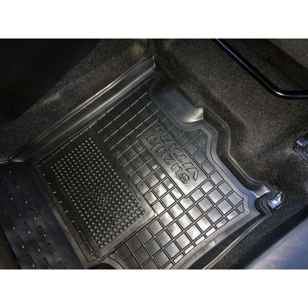 Водительский коврик в салон Suzuki Vitara 2014- (Avto-Gumm)