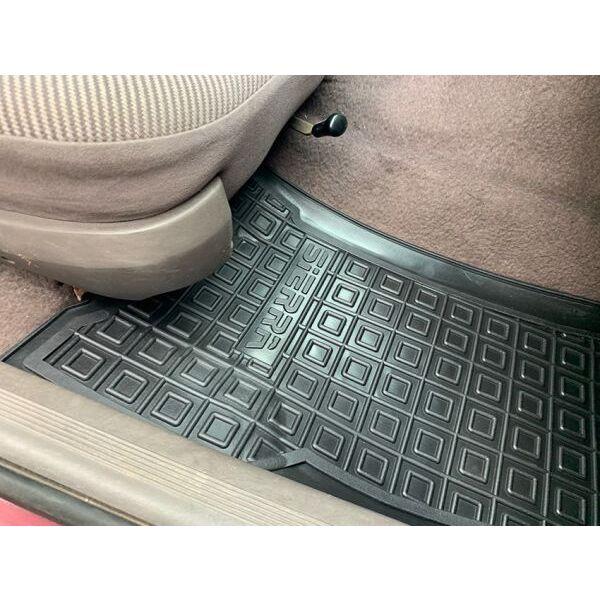 Передние коврики в автомобиль Ford Sierra 1987-1994 (Avto-Gumm)