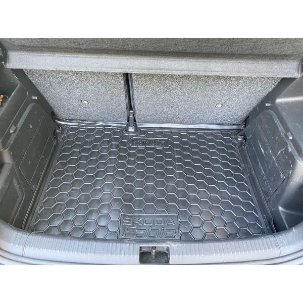 Автомобильный коврик в багажник Skoda Fabia 3 2015- Hatchback (Avto-Gumm)