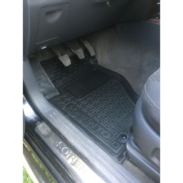 Автомобильные коврики в салон Kia Sorento 2002-2009 (Avto-Gumm)