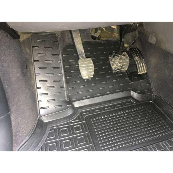 Передні килимки в автомобіль Renault Scenic 2 2002-2009 (Avto-Gumm)