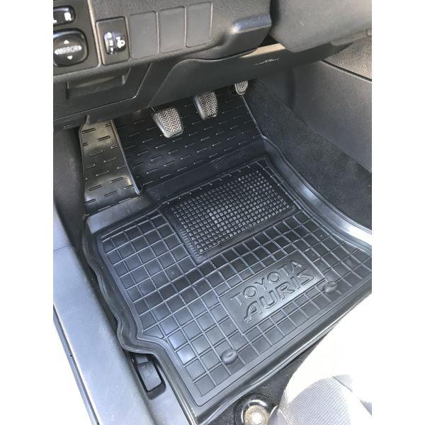 Передние коврики в автомобиль Toyota Auris 2013- (Avto-Gumm)