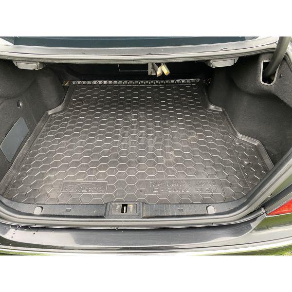 Автомобильный коврик в багажник Mercedes E (W211) 2002- Sedan (Avto-Gumm)