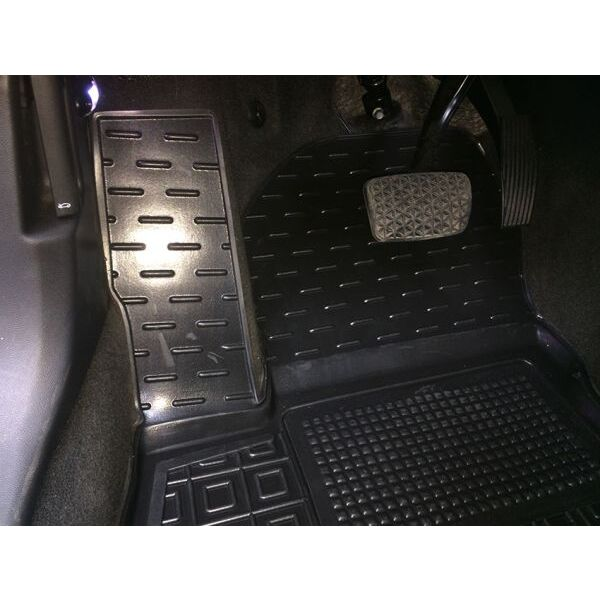 Автомобильные коврики в салон Chevrolet Volt 2016- (Avto-Gumm)