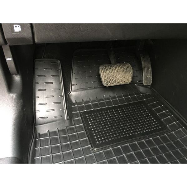 Автомобильные коврики в салон Ssang Yong Korando 2010- (Avto-Gumm)