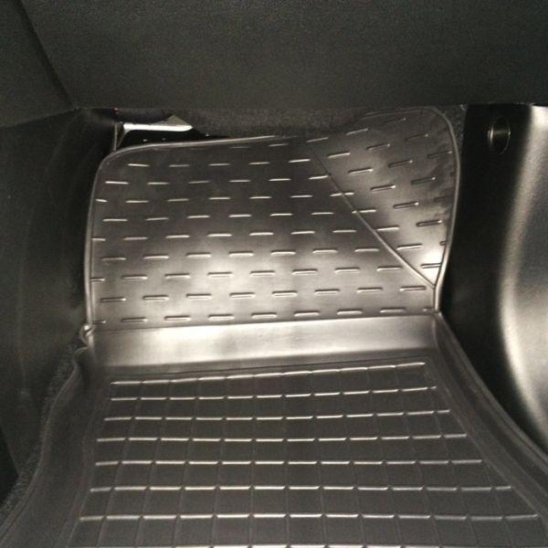 Автомобильные коврики в салон Fiat 500L 2013- (Avto-Gumm)