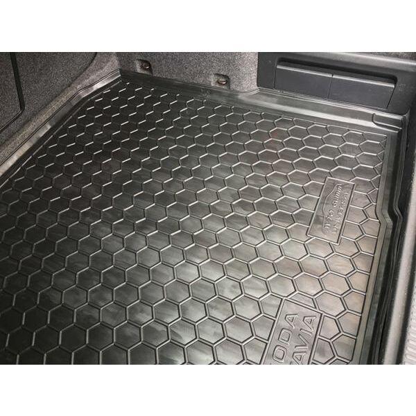 Автомобильный коврик в багажник Skoda Octavia A7 2013- Universal (Avto-Gumm)