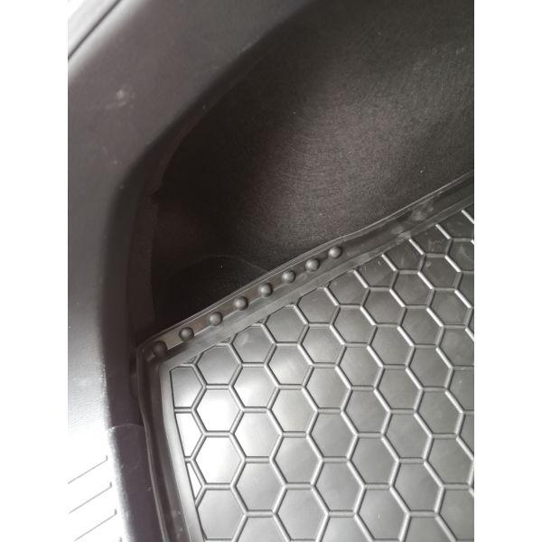 Автомобильный коврик в багажник Mazda 3 2014- Hatchback (Avto-Gumm)