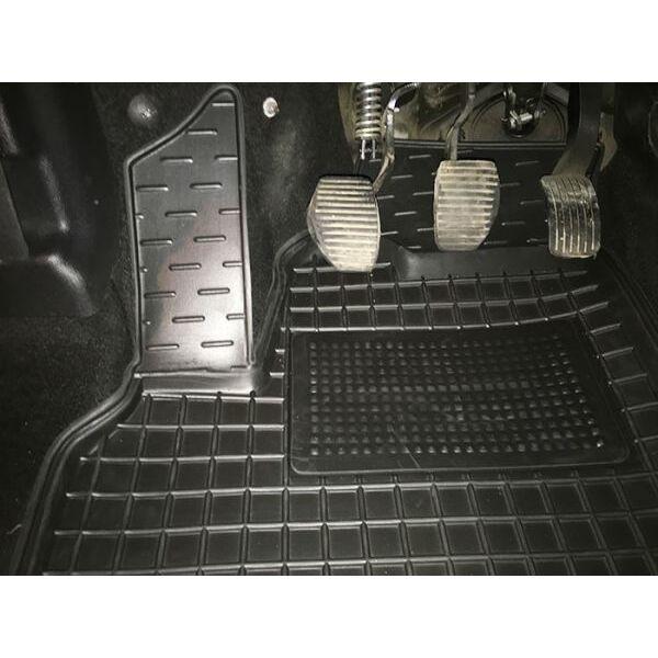 Автомобильные коврики в салон Citroen Berlingo 08-/Peugeot Partner 08- (Avto-Gumm)