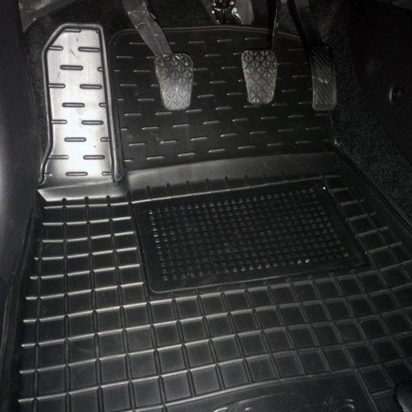 Передние коврики в автомобиль Ford Fiesta 2008- (Avto-Gumm)