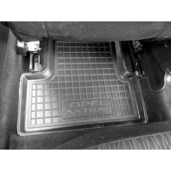 Автомобільні килимки в салон Opel Astra J 2009- (Avto-Gumm)
