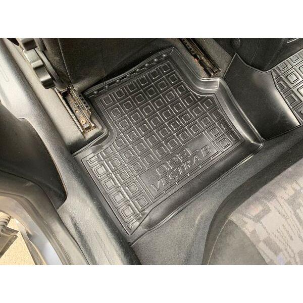 Автомобильные коврики в салон Opel Vectra B 1996- (Avto-Gumm)