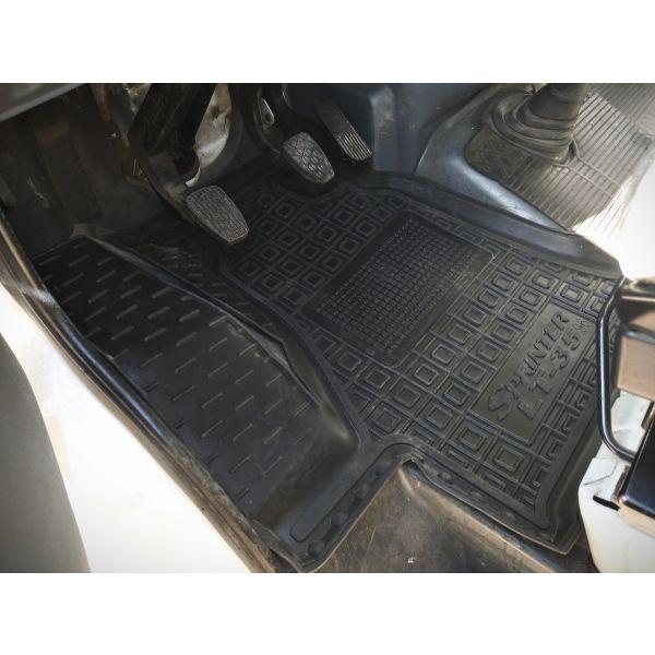 Водительский коврик в салон Mercedes Sprinter (W901/905) 95-/Volkswagen LT35 96- (Avto-Gumm)