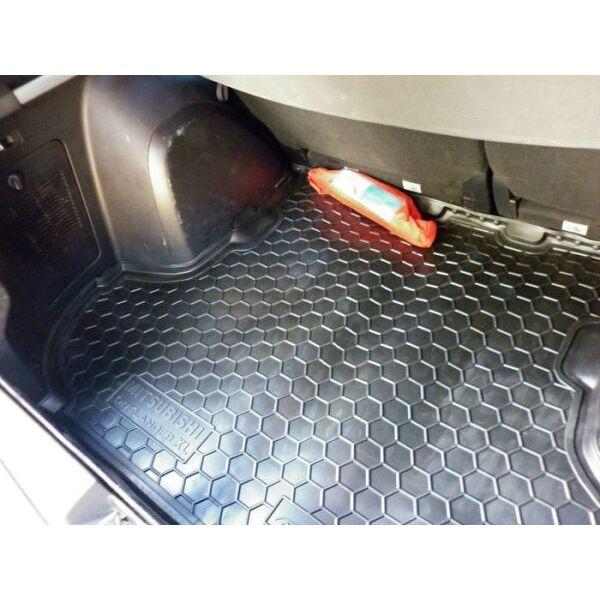 Автомобильный коврик в багажник Mitsubishi Outlander XL 2007- (без сабвуфера) (Avto-Gumm)