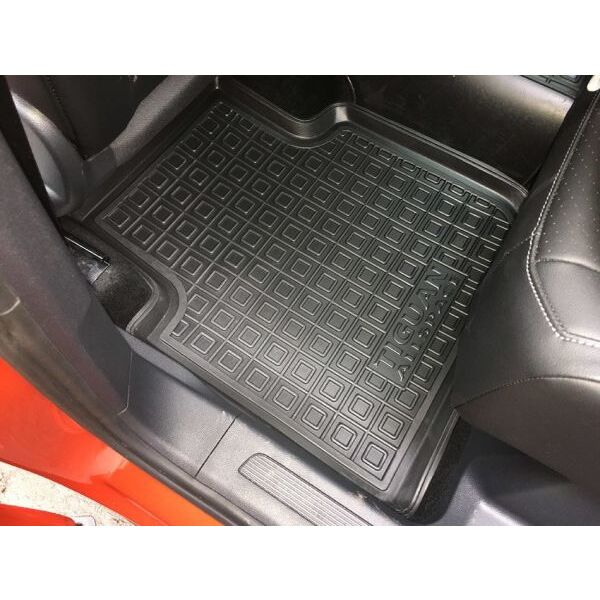 Автомобильные коврики в салон Volkswagen Tiguan Allspace 2018- (Avto-Gumm)