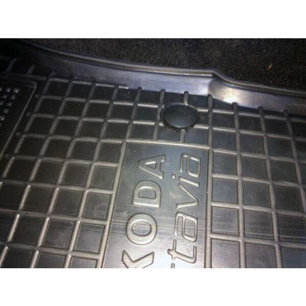 Водійський килимок в салон Skoda Octavia A5 2004- (Avto-Gumm)