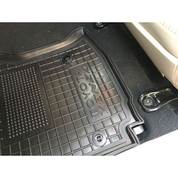 Водительский коврик в салон Toyota Venza 2013- (Avto-Gumm)