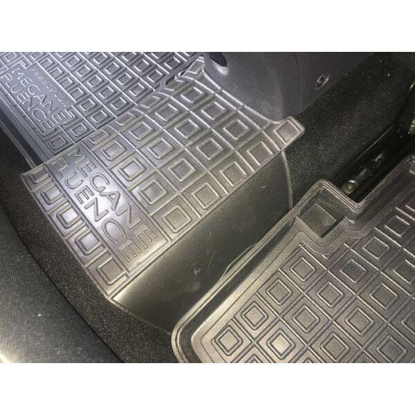 Автомобильные коврики в салон Renault Fluence 09-/Megane 3 Universal 09- (Avto-Gumm)